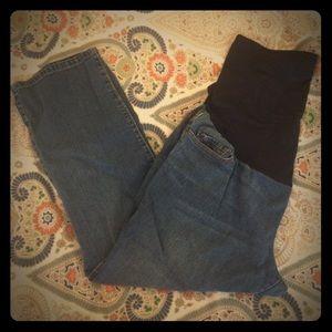 Liz Lange for Target maternity cropped jeans